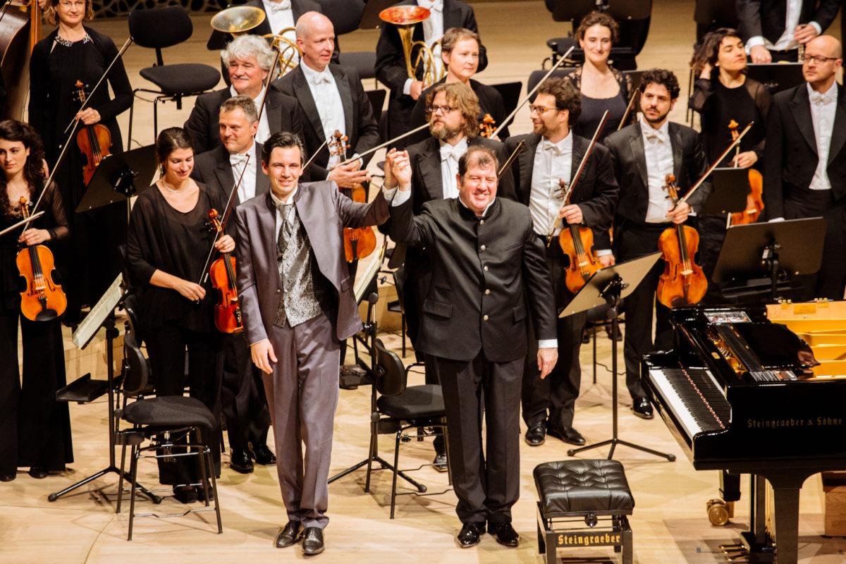 Dresdner Festspielorchester, Martin Stadtfeld, Jan Vogler, Ivor Bolton,  Elbphilharmonie