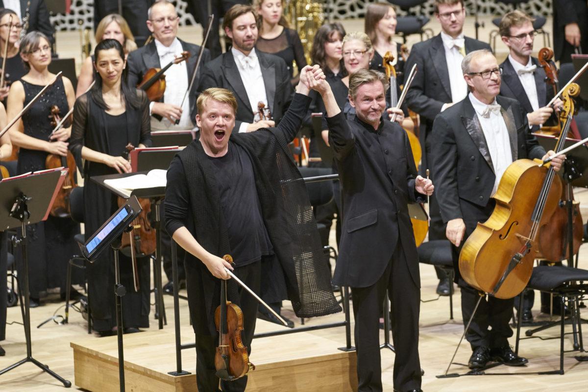 Philharmonia Orchestra London, Pekka Kuusisto, Esa-Pekka Salonen, Kaija Saariaho, Jean Sibelius, Sergej Prokofjew,  Elbphilharmonie, Hamburg