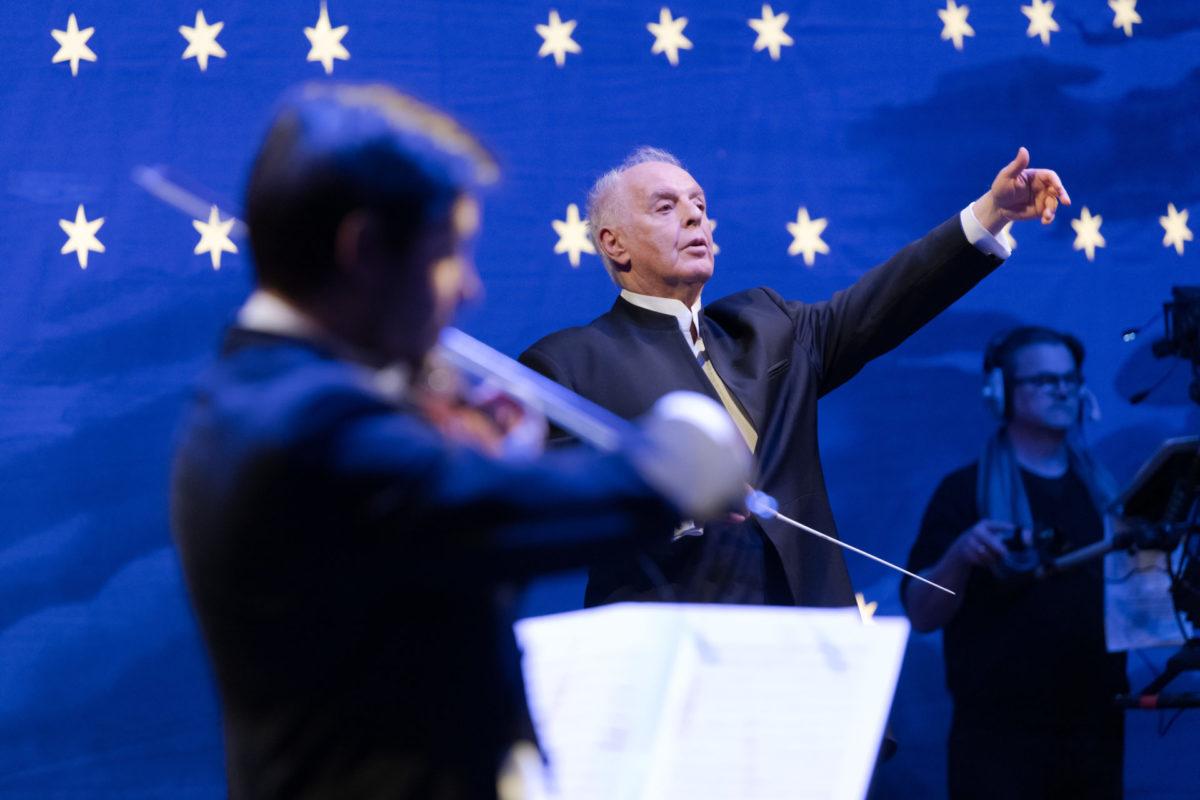 Gedenkkonzert »75 Jahre Kriegsende«, Daniel Barenboim, Staatskapelle Berlin,  Staatsoper Unter den Linden Berlin, 8. Mai 2020