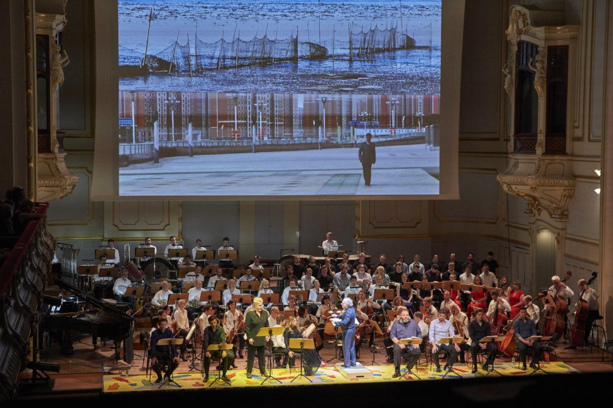 LAEISZHALLE HAMBURG, GROSSER SAAL, 27. Mai 2018 Kurt Weill, Aufstieg und Fall der Stadt Mahagonny, Symphoniker Hamburg,  Laeiszhalle Hamburg