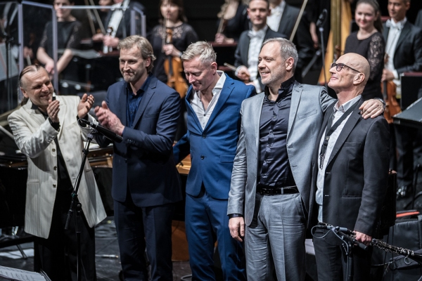 Thilo Wolf Jazz Quartett, Münchner Rundfunkorchester, Enrique Ugarte,   Prinzregententheater München, 19. Februar 2020