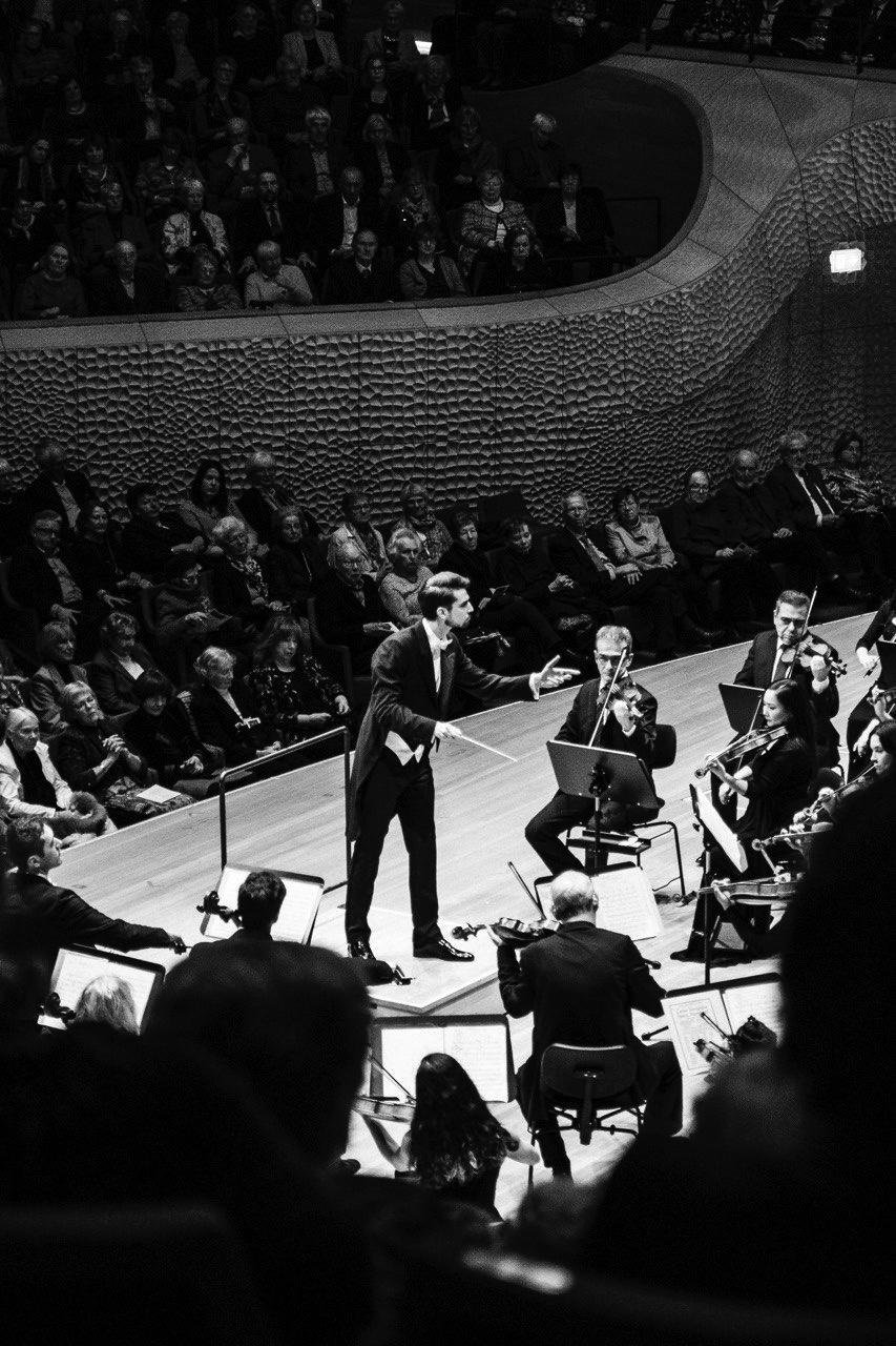 Yaroslav Shemet, Neue Philharmonie Hamburg,  Elbphilharmonie Hamburg, 26. Januar 2020
