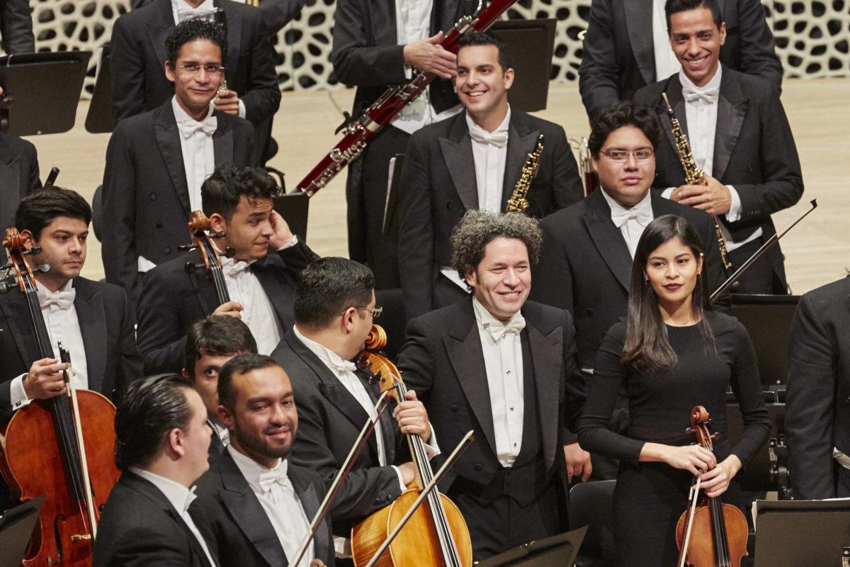 Orquesta Sinfónica Simón Bolívar de Venezuela, Gustavo Dudamel, Ludwig van Beethoven, Sinfonie Nr. 1 und Nr. 2,  Elbphilharmonie Hamburg