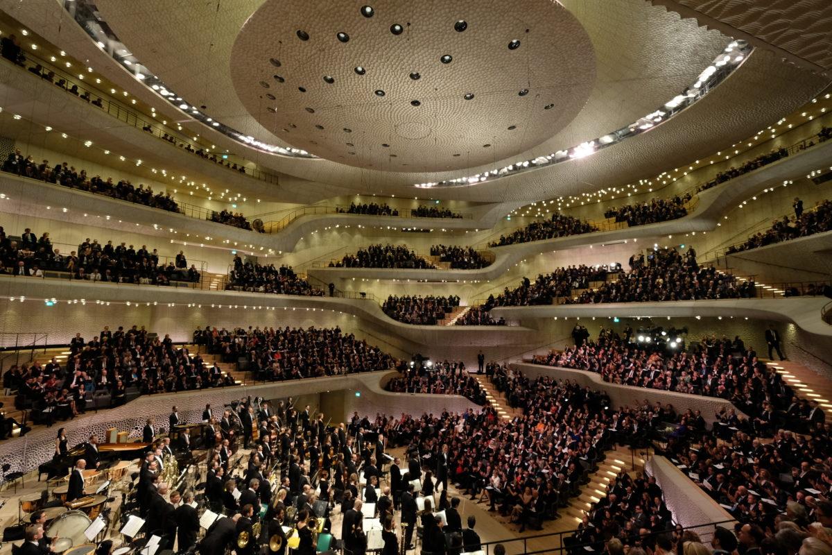 Missa Solemnis, Ludwig van Beethoven, Symphoniker Hamburg, Philharmonia Chorus London,  Elbphilharmonie Hamburg