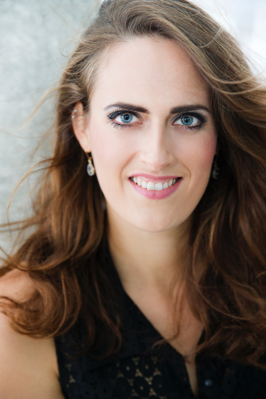 """""""Ich liebe es, starke Frauen zu spielen"""": Gespräch mit Sopranistin Freja Sandkamm"""