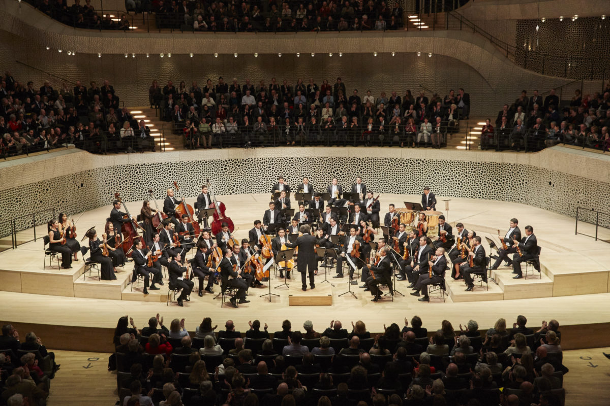 Orquesta Sinfónica Simón Bolívar de Venezuela, Gustavo Dudamel, Ludwig van Beethoven, Sinfonie Nr. 5, Sinfonie Nr. 6,  Elbphilharmonie Hamburg