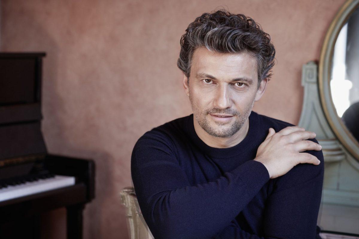 Jonas Kaufmann spaltet die Gemüter, der Tenor als Verdis Otello  klassik-begeistert.de