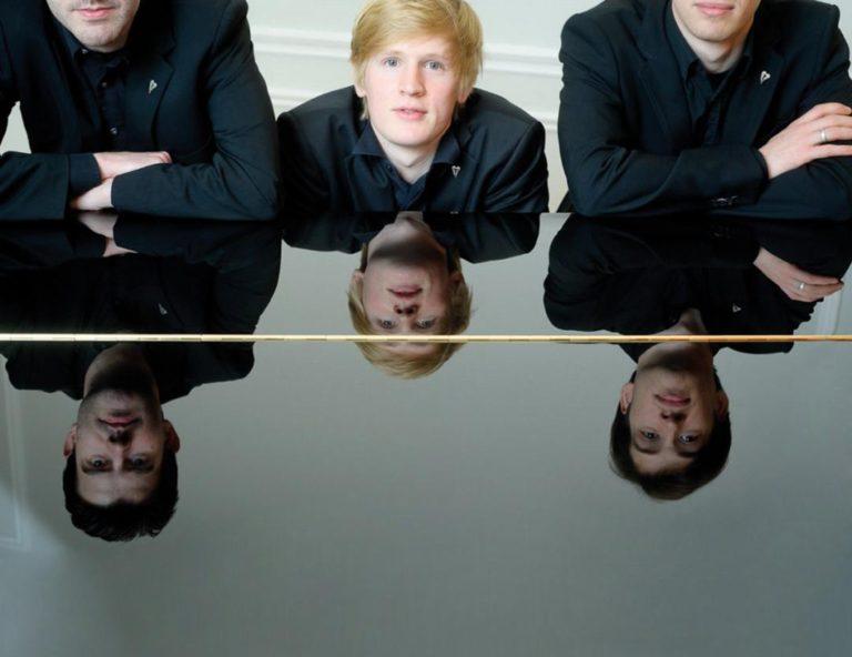 TRIO ADORNO, Hans Werner Henze, Robert Schumann,  Alfred Schnittke Akademie International (Konzertsaal Altona)