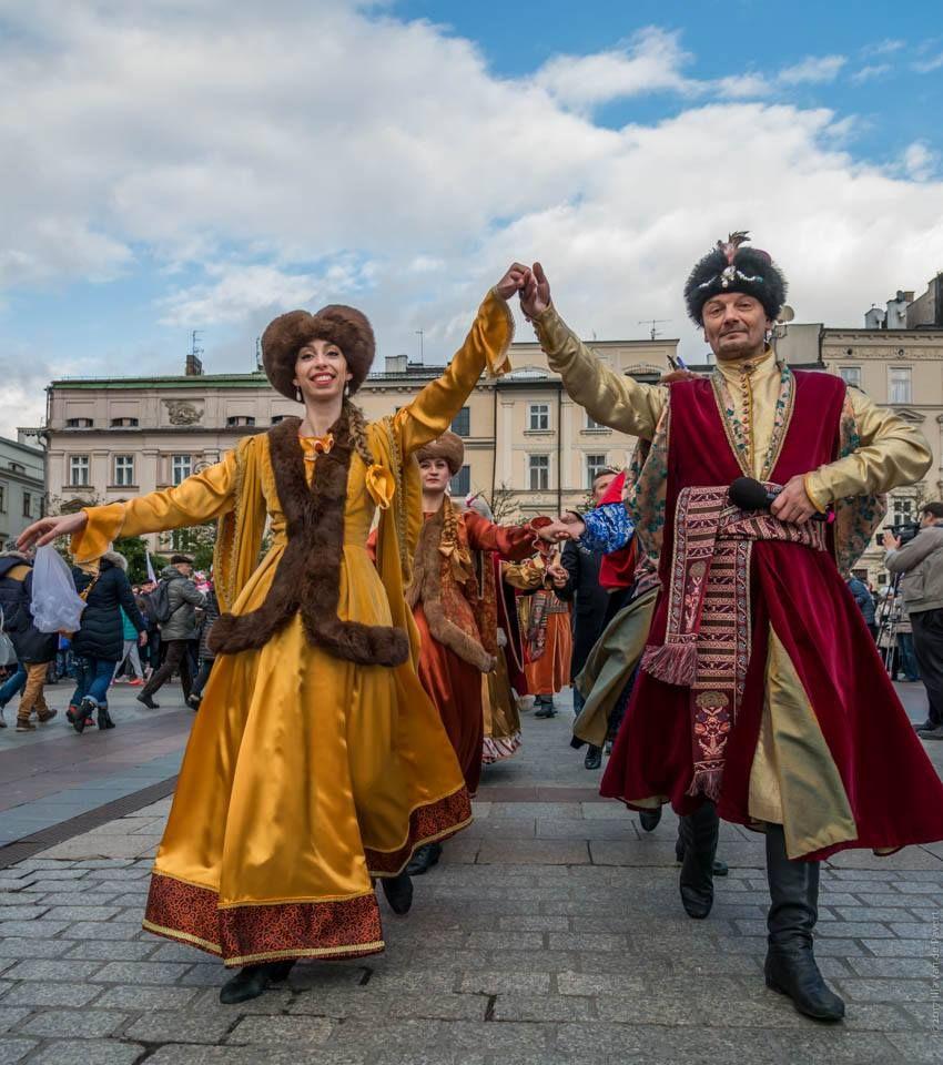 Ladas Klassikwelt 69: Die Polonaise soll UNESCO-Weltkulturerbe werden