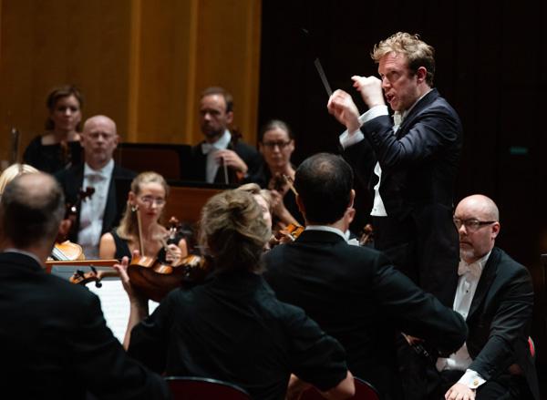 """Gustav Mahler, """"Sinfonie der Tausend"""", Sinfonie Nr. 8 Es-dur,  Berwaldhallen, Stockholm"""