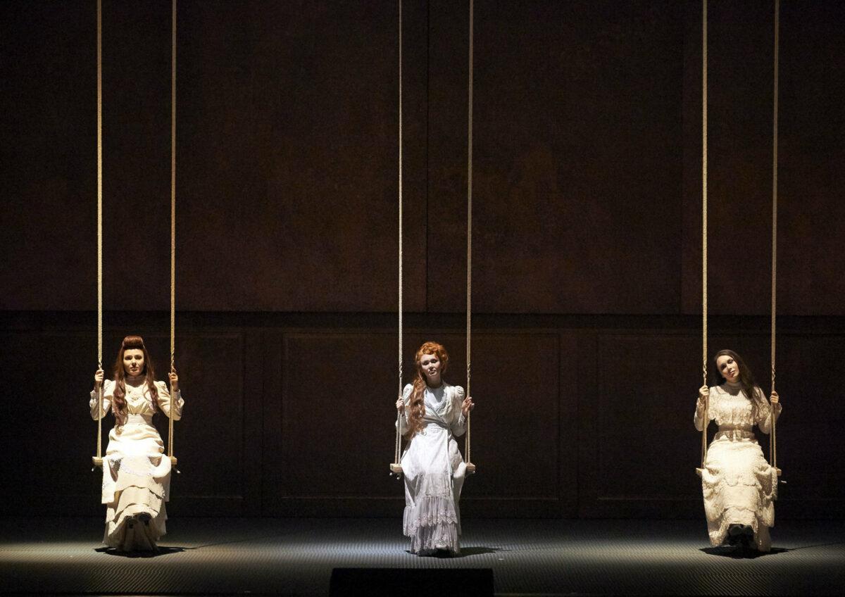 Schweitzers Klassikwelt 39: Oper als Katharsis?