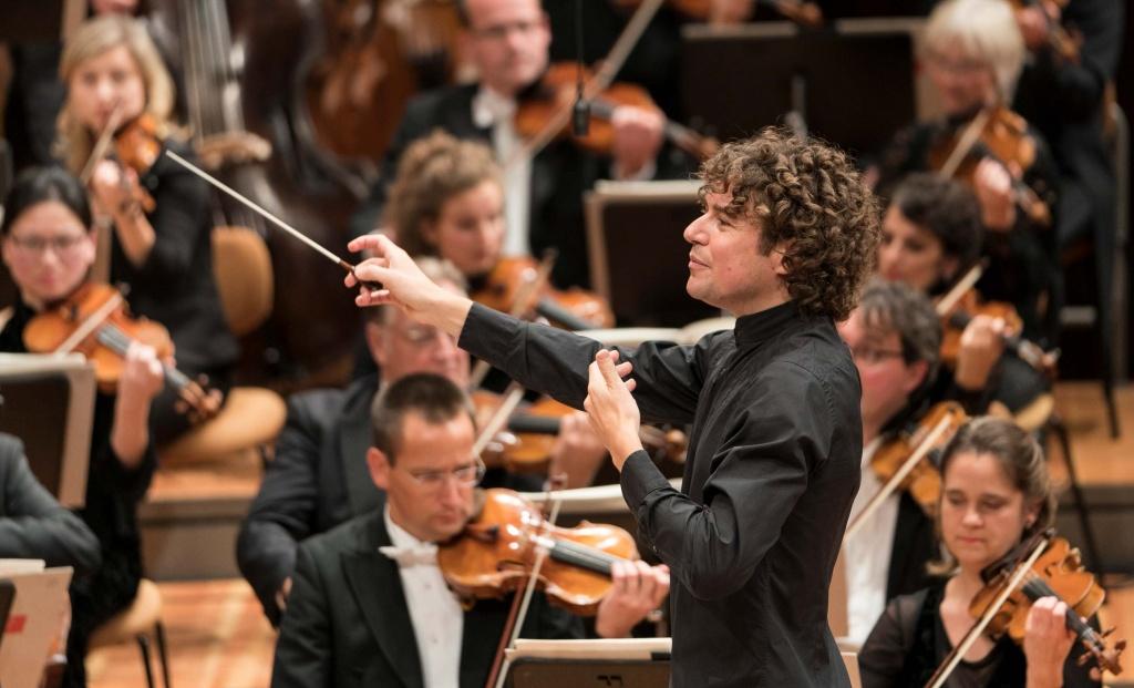 Deutsches Symphonie-Orchester Berlin, RIAS Kammerchor Berlin, Robin Ticciati,  Philharmonie Berlin, 26. Januar 2020