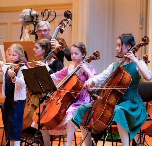 Kinderkonzert Hamburger Camerata, Streicherensemble und Rhythmikgruppe der Staatlichen Jugendmusikschule Hamburg,  Laeiszhalle Hamburg, Großer Saal