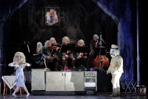 Igor Strawinsky, Mavra / Peter I. Tschaikowsky, Iolanta,  Opernstudio der Bayerischen Staatsoper, München, Cuvilliés-Theater,Premiere, Montag, 15. April 2019