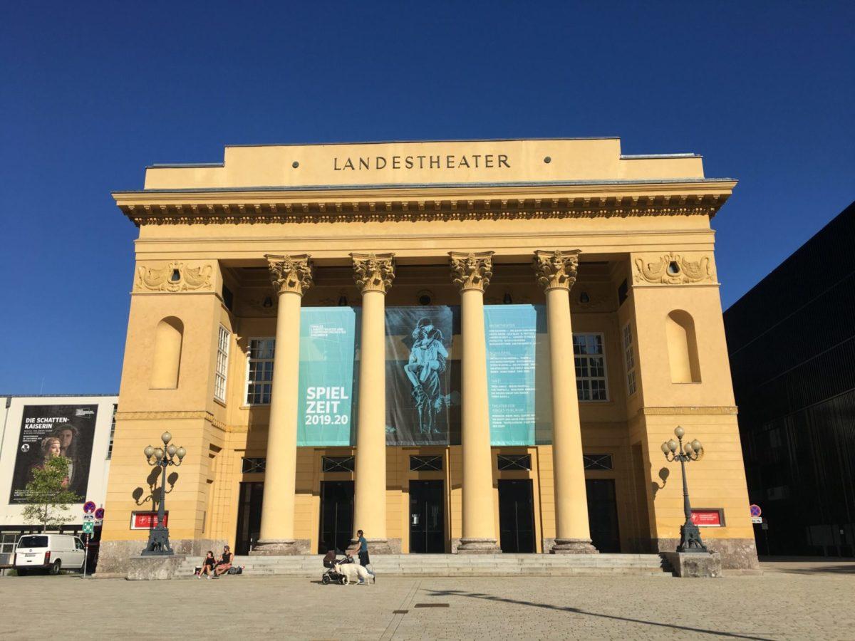 Verachtet mir die Stadt- und Landestheater nicht, und ehrt mir ihre Kunst (1): Das Tiroler Landestheater