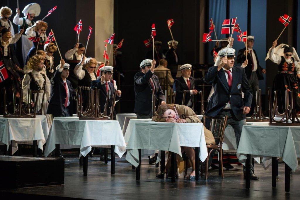 Alban Berg, Wozzeck, Johan Reuter, Thomas Blondelle, Elena Zhidkova, Donald Runnicles, Ole Anders Tandberg,  Deutsche Oper Berlin